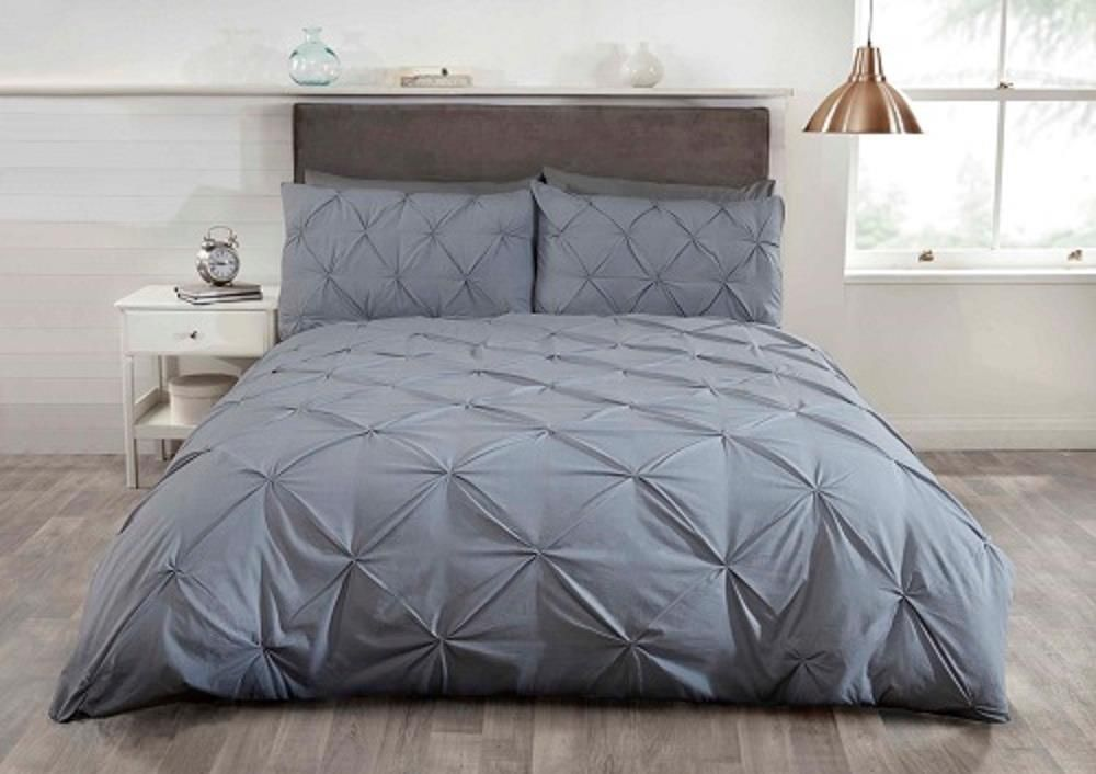 """Balmoral"", Silver, Contemporary,Single Duvet set, ""Belle Amie"" by Rapport"